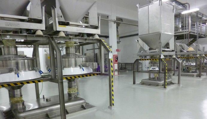 Milk Powder vibrating sifter Russell Compact Sieve installed at Nestle