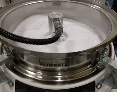 Sieving 3D printing powders at New Banlance